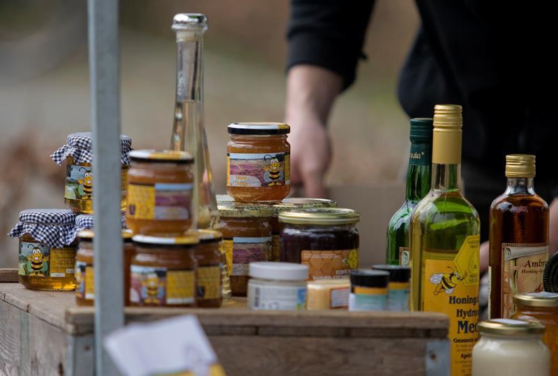 5e Spoordonkse Bijenmarkt op 2 april 2017